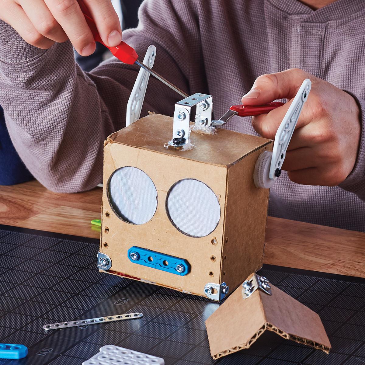 MAKER TOOL MECCANO jeux de construction Robot